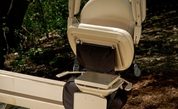 Elite outdoor curved stairlift 6 - Central Massachusetts Stairlifts