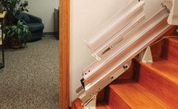 Elite Indoor Staright Power or Manual Folding Rails - Central Massachusetts Stairlifts