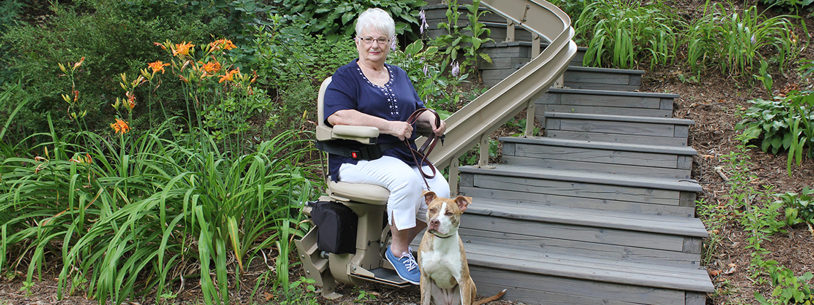 Elite outdoor curved stairlift 3 - Central Massachusetts Stairlifts